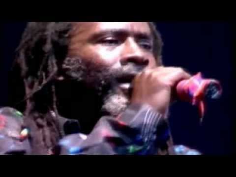 Burning Spear Part 4 Video  Live In Paris 1988 Zenith Mistress Music.avi