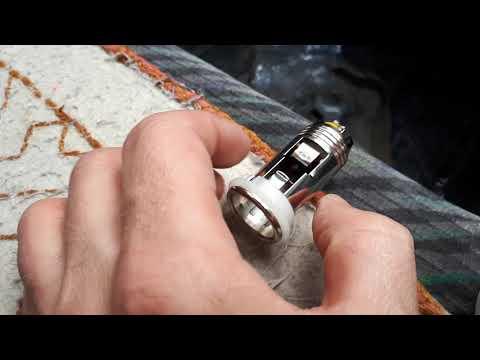 Ремонт прикуривателя в Toyota Caldina 1 часть