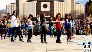 K-Pop Явлението 2: The K-Mob - Флашмоб