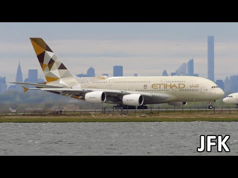 HEAVY ACTION! Planespotting at New York JFK: A380, 747, A340, 777, A330, 767, 757 [Full HD]