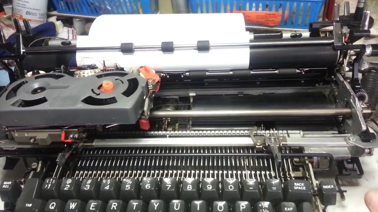 IBM Selectric Typewriter Return Sticking Not Working Repair Latch