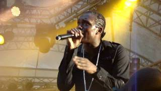 BUSY SIGNAL - STEP OUT @SUMMERJAM 2011