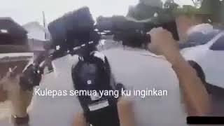 status wa keren video pendek