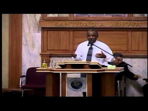 Pr OTAVIO MARQUES mostra video da Africa West, trabalho missionario