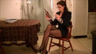 Repeat youtube video Vennessa's Pantyhose Tease 5
