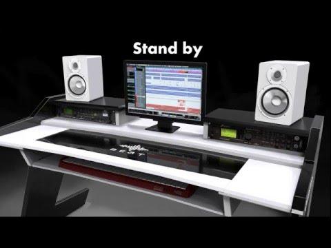 Beat Studio Desk - power is in your hand