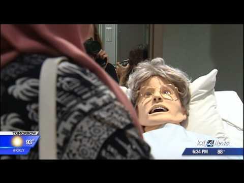 Iraqi students tour WSU's medical campus