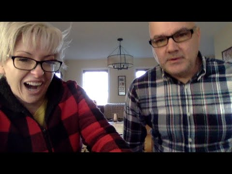Renae Christine and Tom Cote sit and do nothing - wedding story - how we met - wheezy waiter