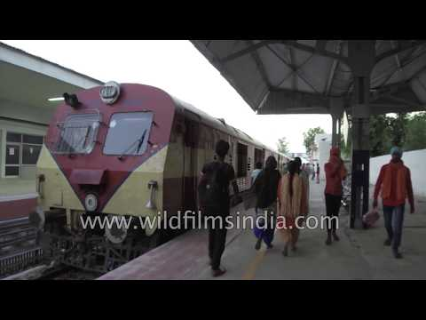 Attari Railway Station on Indo-Pak border - gyro walk-through