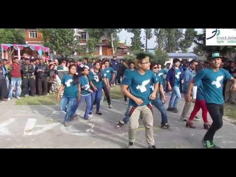 Youth Initiative's Flash Mob at Shanti Batika with Cartoonz Crew