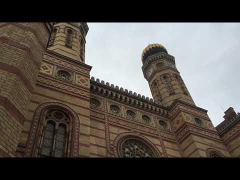 Budapest - Markthalle und Heldenplatz