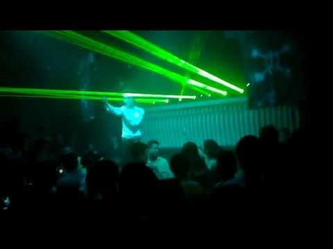 KHẮC VIỆT  (LIVE)  sôi động ở bar,club MTM - Bình yên nhé remix