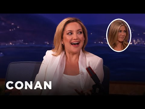 Jennifer Aniston Squeezed Kate Hudson's Butt On The Red Carpet  - CONAN on TBS