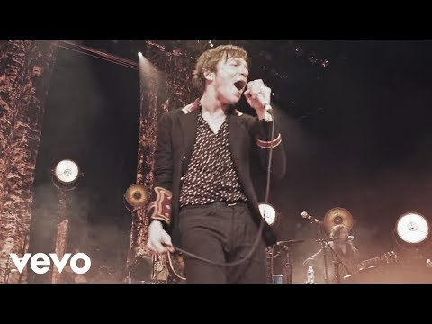 Cage The Elephant  Whole Wide World Unpeeled Live Video