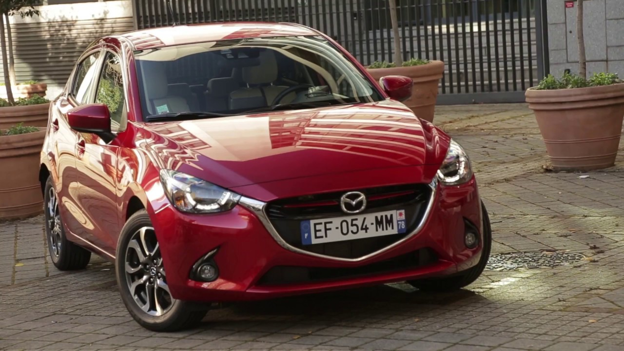 essai mazda 2 1 5l skyactiv g 90ch s lection youtube. Black Bedroom Furniture Sets. Home Design Ideas