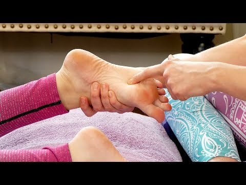 How to Give a Foot Rub to Reduce Pain & Stress, Relaxing Tutorial with Melissa, Help a Friend