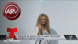 Señalan a Shakira de evadir impuestos en España | Al Rojo Vivo | Telemundo