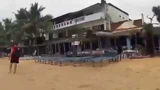 All of Hikkaduwa beach in 3 minutes (Sri Lanka - February 2015)