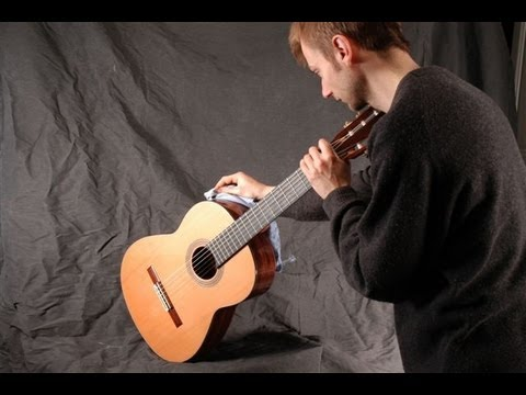 Comparison of classical guitars, Spain V England V France!!