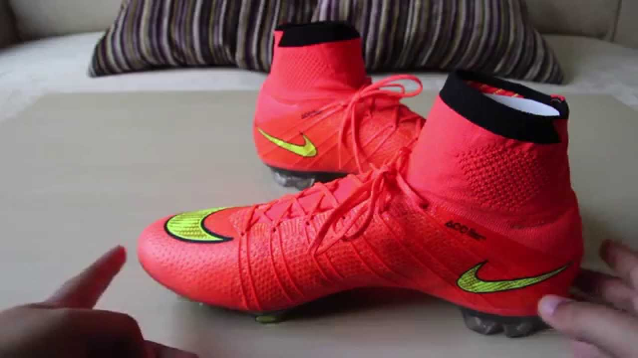 UNBOXING   REVIEW of Nike Mercurial Superfly 4 Hyper Punch Volt ... 9e4c2a7824efb