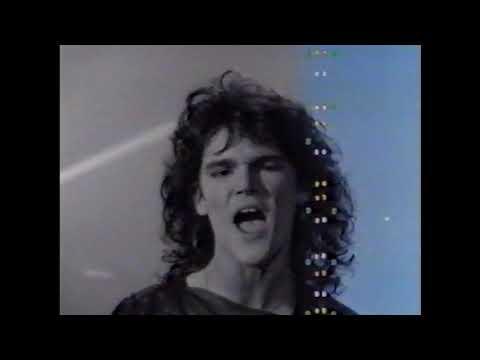 Robin George - Heartline