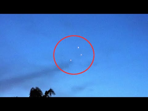 UFO Sightings in Las Vegas 2016 | Strange UFO Light Seen in Sky Over Las Vegas