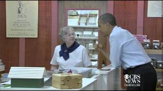 Obama shops for daughters at Ohio fudge store