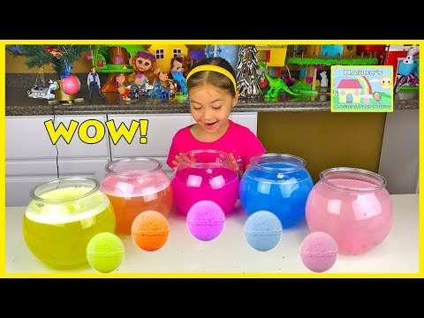 Thumbnail: DISNEY PRINCESS SURPRISE EGGS BATH BALL TOYS Lightning McQueen Finding Dory Thomas and Friends Fizzy
