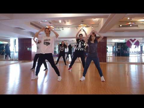 Sab Tera | BAAGHI [bollywood Dance]