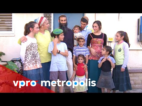 Having kids to enhance the people of Israel - vpro Metropolis