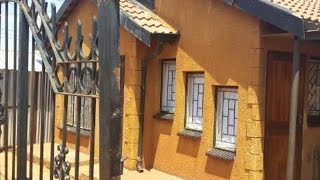 2 Bedroom House For Sale in Soshanguve - East, Soshanguve 0152, South Africa for ZAR 330,000...