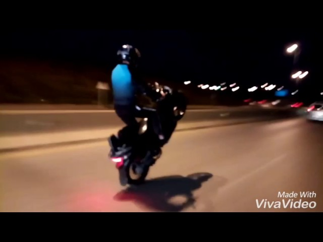 Moto Algerie Sym symphony cabrage autoroute tipaza