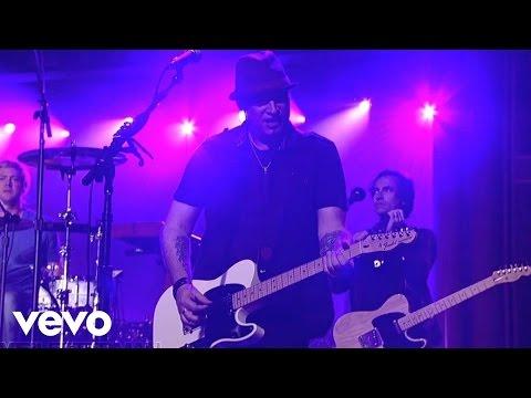 Train - If It's Love (Live on Letterman)