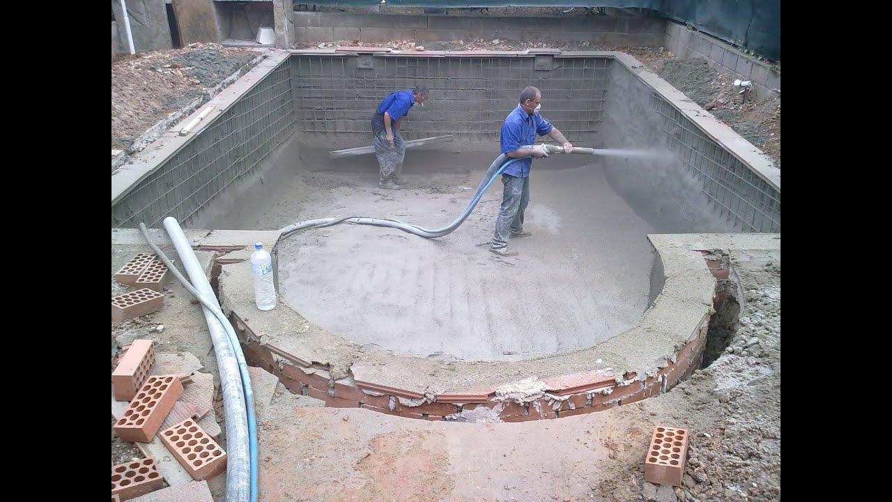 Cum se torcreteaza o piscina dintr o piesa intr o zi for Construim piscine