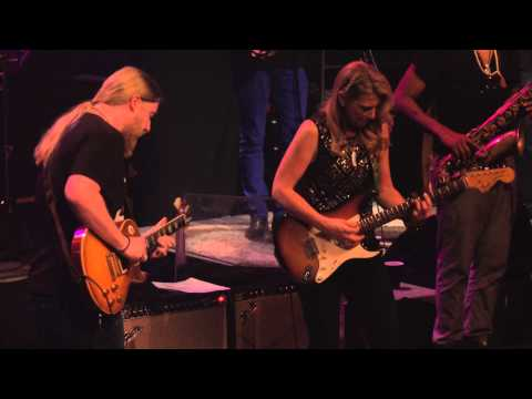 "Tedeschi Trucks Band - ""Keep On Growing"" Live in Boston"