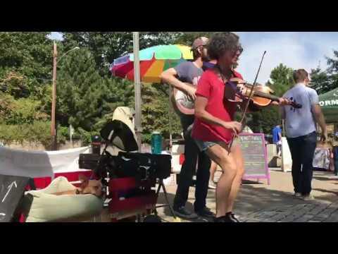 Back Up and Push - East Atlanta Serenaders - Grant Park Farmers Market