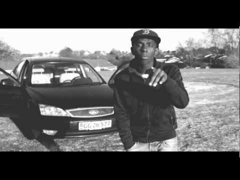 Cry me  a river - Melvin Kakooza (Cover)