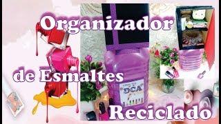 Organizador de esmaltes reciclando un botellon de plastico