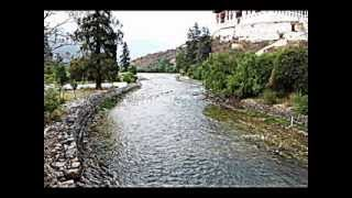 Bhutan - Enter the land of Thunder Dragon