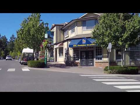 Driving in Qualicum Beach Downtown / City Centre - Slow Life on Vancouver Island - Canada