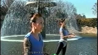 北朝鮮律動体操を髣髴とさせるPV 2003年.