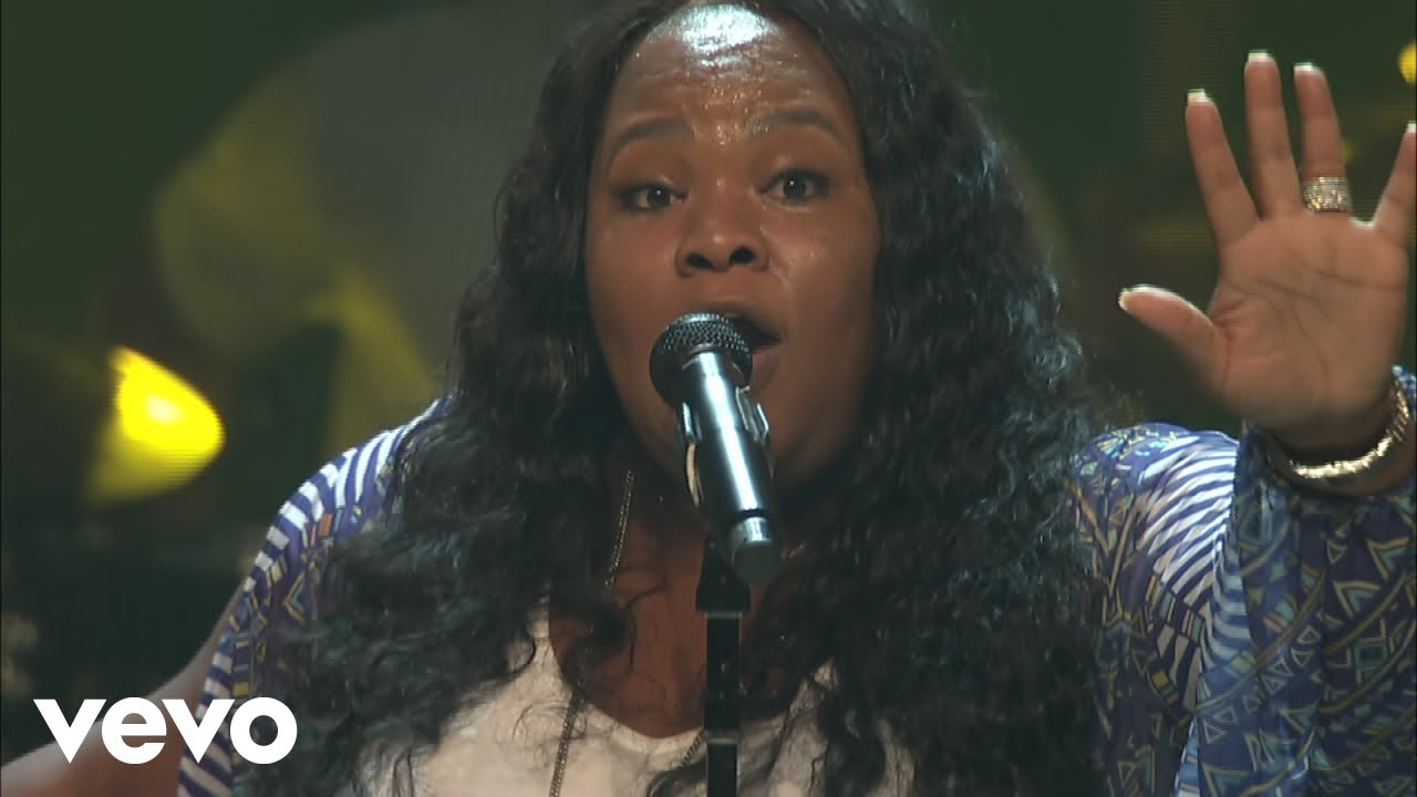 Tasha Cobb's has released her new 'Heart Passion Pursuit