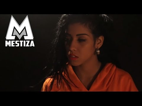 Mestiza - Tras La Tarima ft. Lira [Official Video]