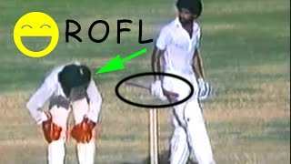 Best sledge ever - BATSMAN TRIES TO STICK THE BAT IN THE KEEPER'S ASS