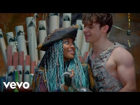 China Anne McClain, Thomas Doherty, Dylan Playfair  Whats My Name From Descendants 2