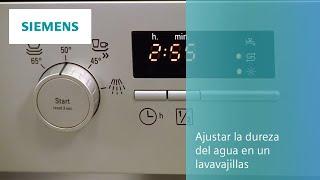 Ajustar la dureza del agua en un lavavajillas Siemens.