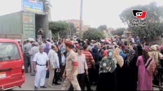 الجيش يوزع 3 الاف كرتونة سلع غذائية وسكر بـ«أبو صوير» بالإسماعيلية