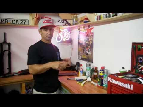 Mark's Garage | MTB tweaks and fixes - Episode 7 | Bike cleaning - yay!
