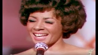 Shirley Bassey - On A Wonderful Day / I