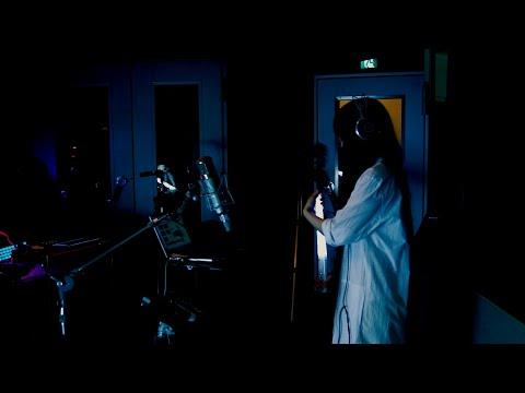 Yakushimaru Experiment 「Flying Tentacles」 より、『光と光と光と光の記録』(short ver.)  やくしまるえつこオリジナル楽器セッション